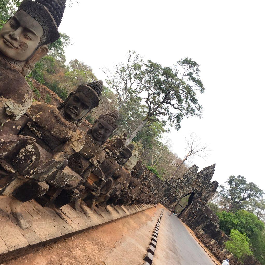 Uma das entradas de Angkor